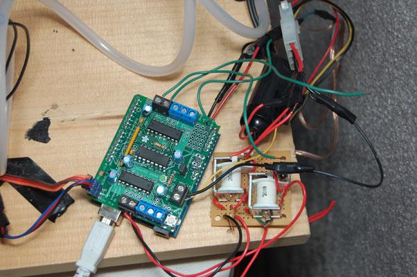 arduino powered cd robot - circuitry